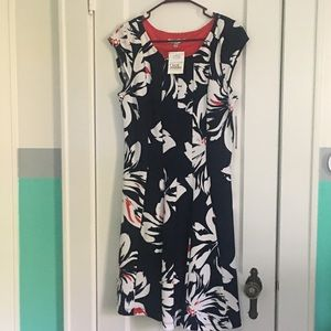 Women's Sleeveless Summer Dress - Large